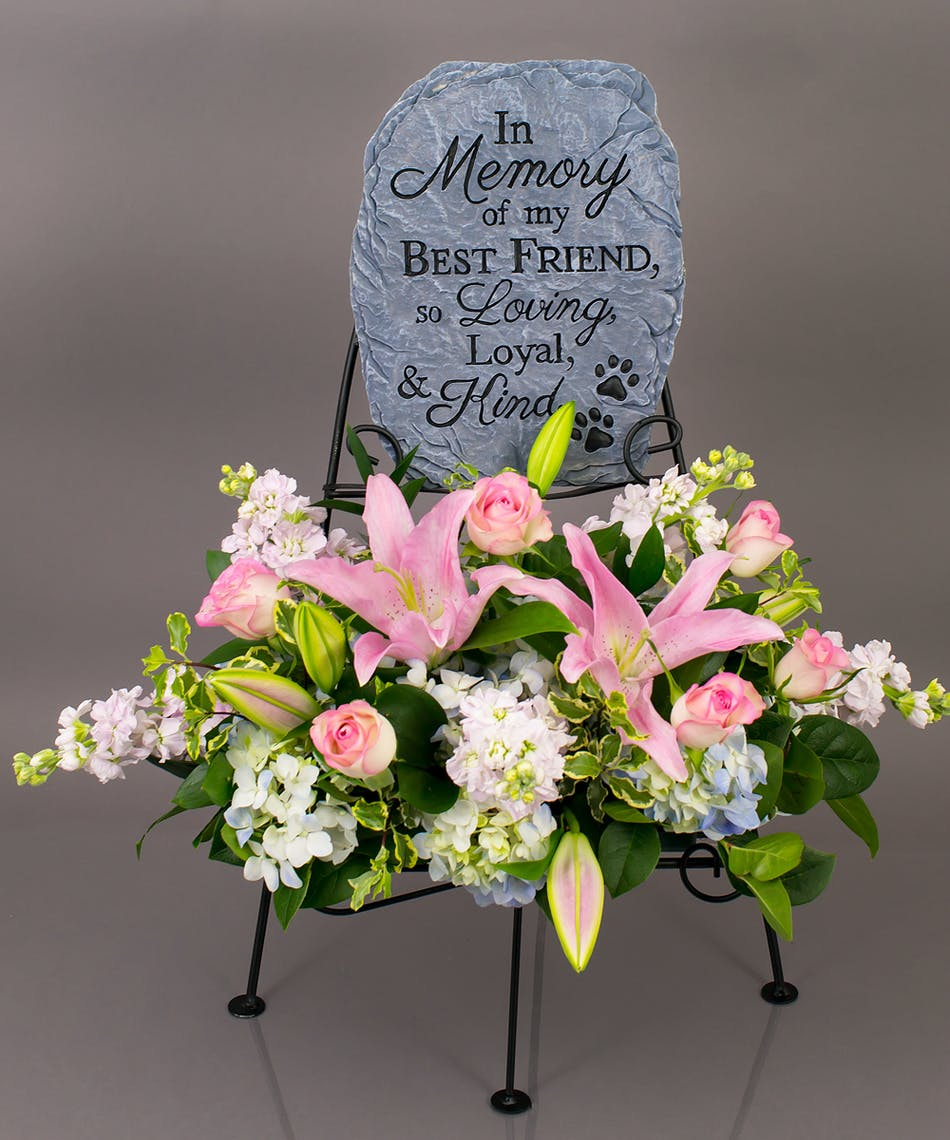 Pet Best Friend Memorial Display Currans Flower Same Day Flowers