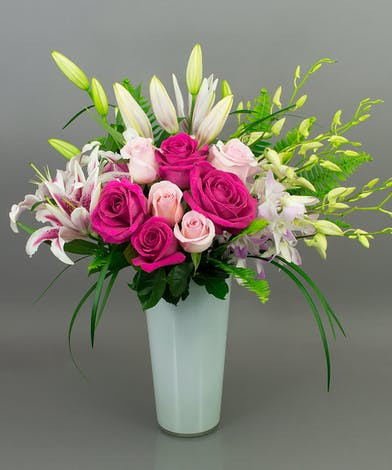 Lilies & Rose Vase Danvers (MA) Same-day Delivery